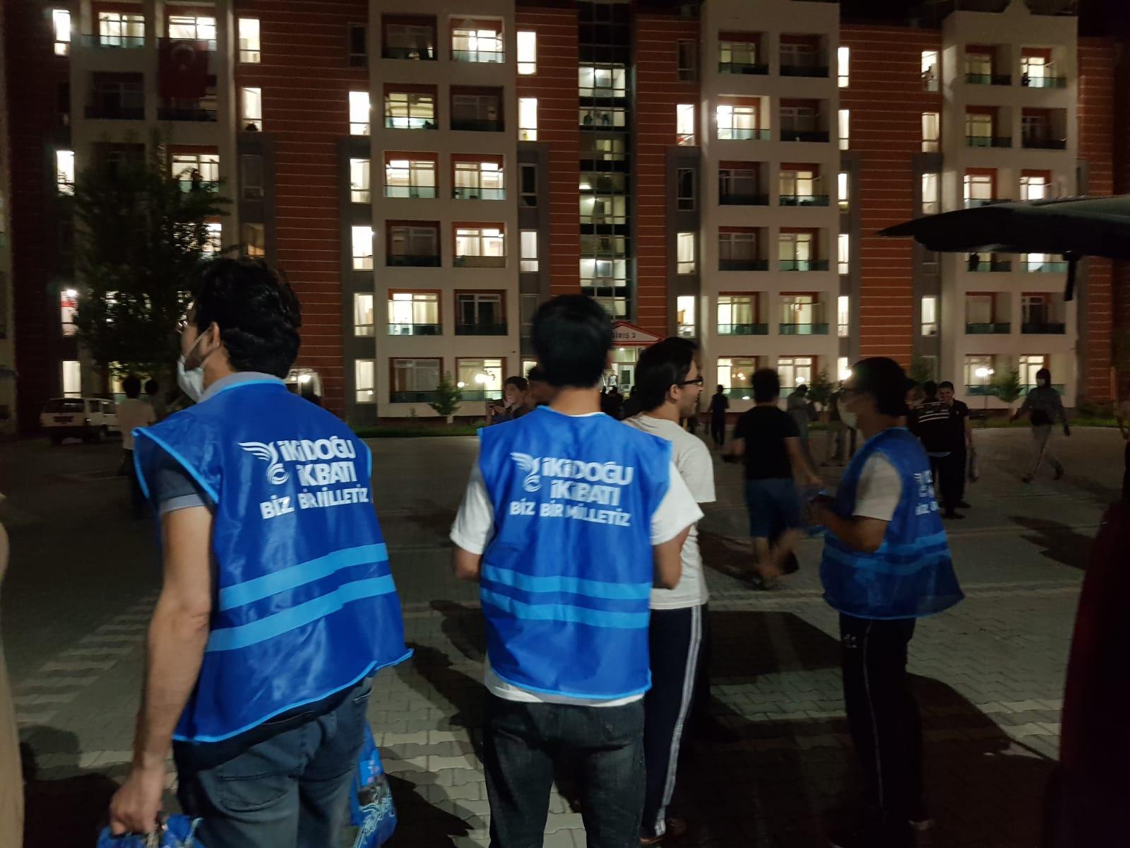 Öğrenci Yurtlarına Kadir Gecesi Sürprizi!